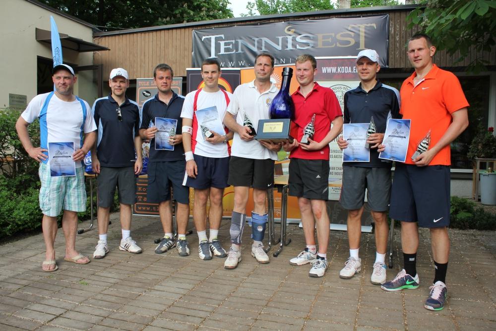 Kaubanduskoja tenniseturniiri võitsid ettevõtjad Sulev Alajõe ja Veiko Mahlakas