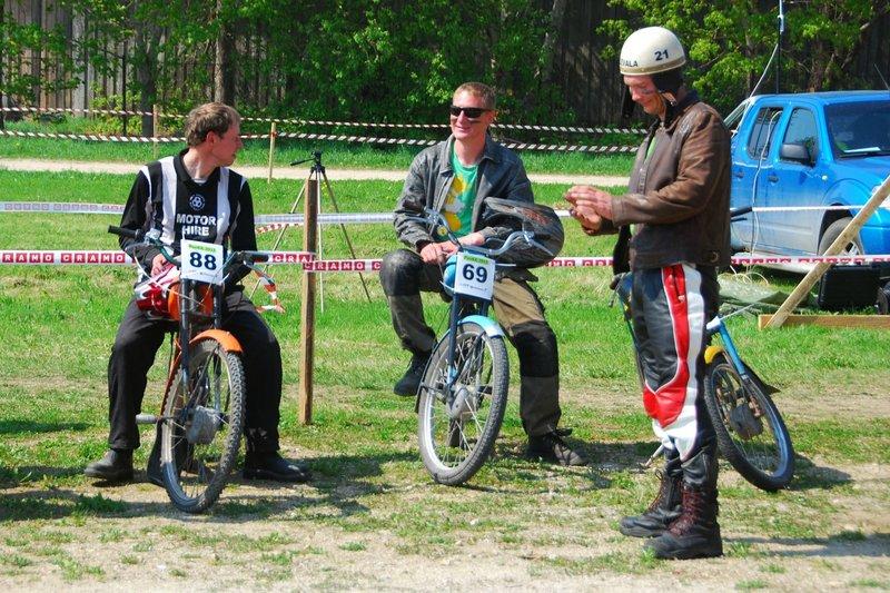 Täna algab Eesti motospordi ajaloo esimene 24 tunni kestvussõit