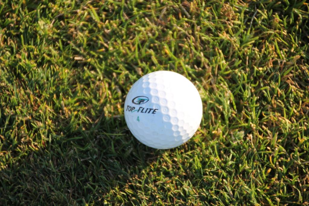 Ajakiri Golf: Golfipall kui spordivahend