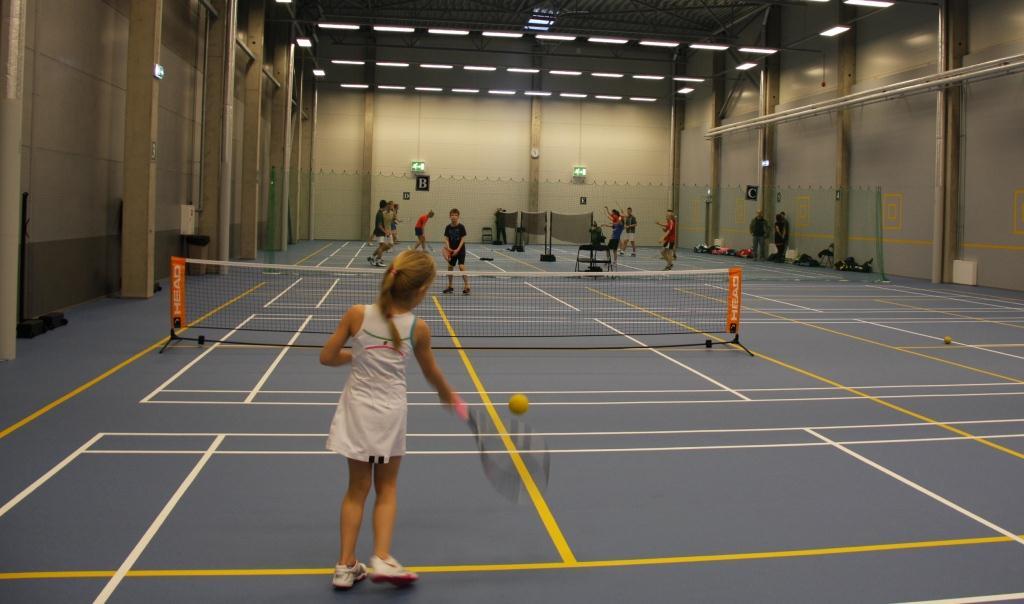 Tallinna linnapea avas Tere tennisekeskuse uue lastehalli2