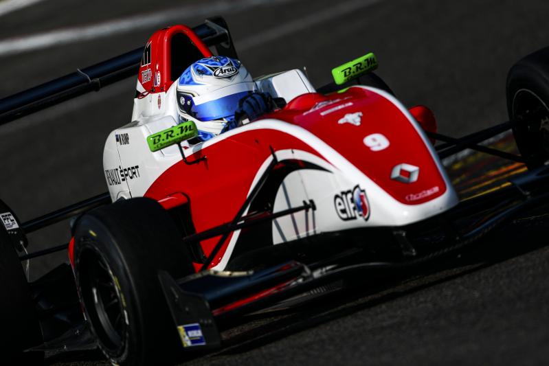 Edukas nädalavahetuse tõi Martin Rumpile esimesed Vormel Renault Eurocup punktid