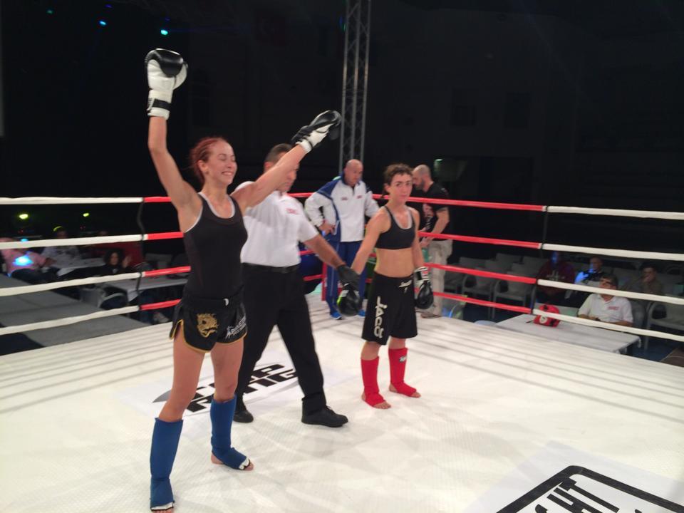Andra võitis itaallannast vastast Sara Falchettit juba esimeses raundis