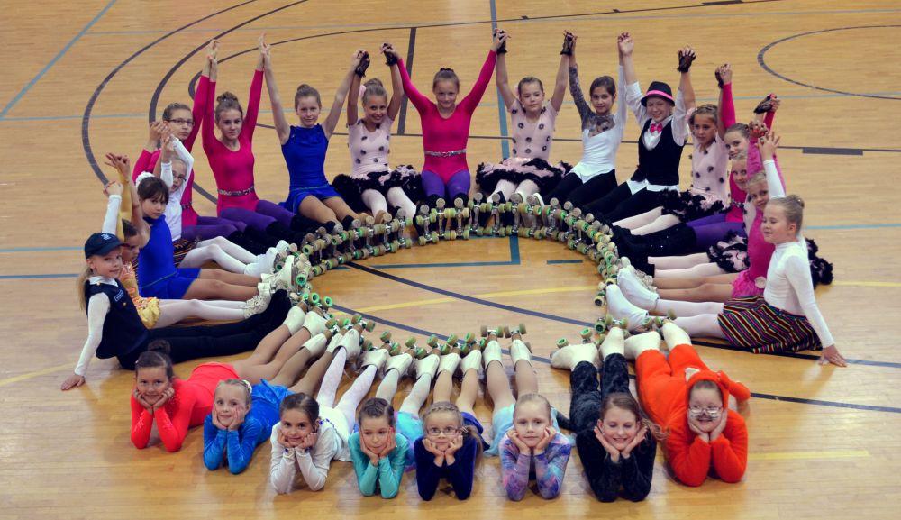 VAATA GALERIID! Selgusid Eesti meistrid rull-iluuisutamises