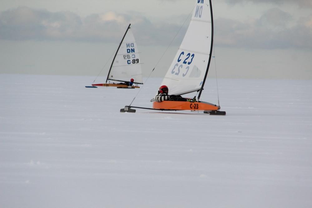 Grass ja Luur võitsid jääpurjetamise Juunioride MM-i