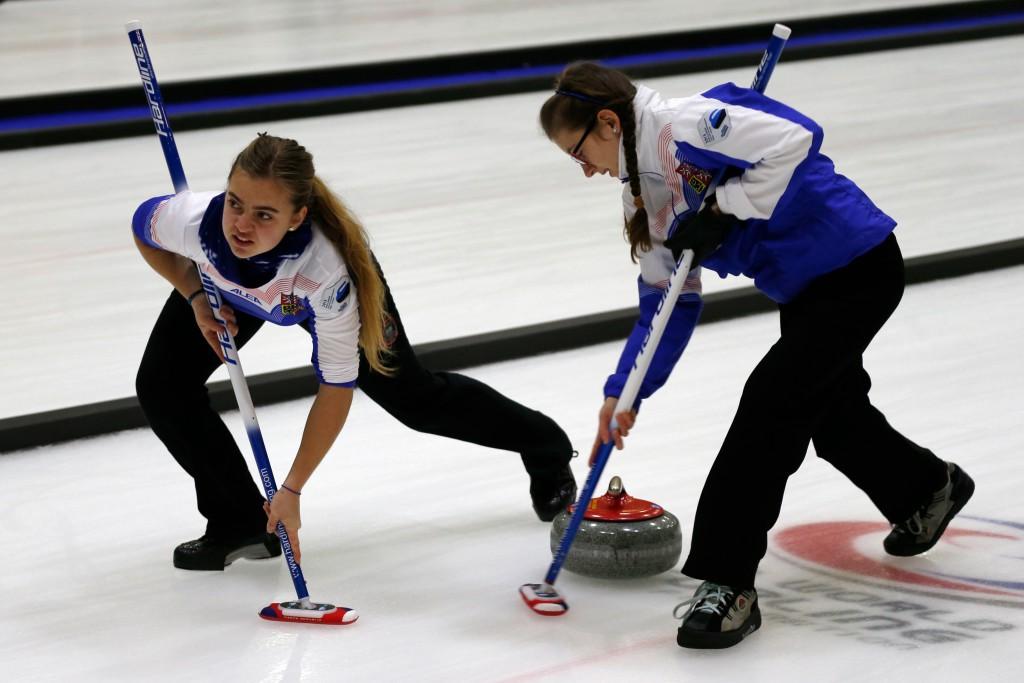 Galerii! Eesti naiskond sai curlingu MM-il esimese võidu