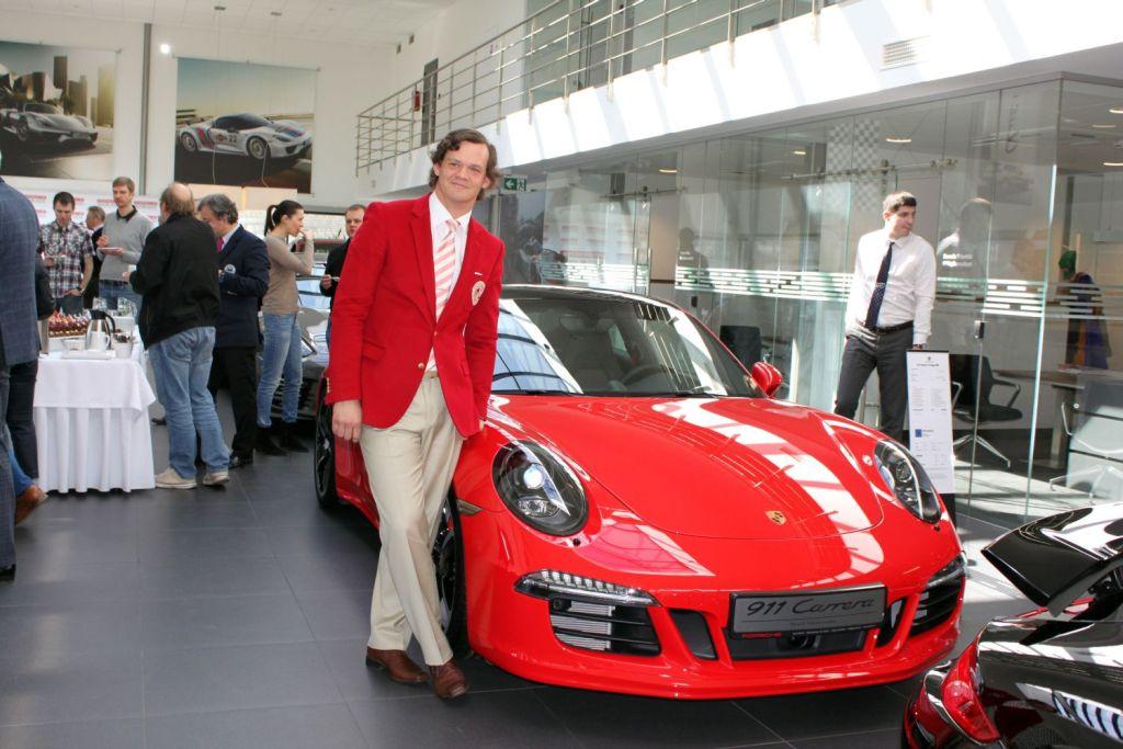 FOTOD! Estonian Golf & Country Club ja Porsche Tallinna esindus allkirjastasid Eesti meistrivõistluste löögimängu peasponsorilepingu