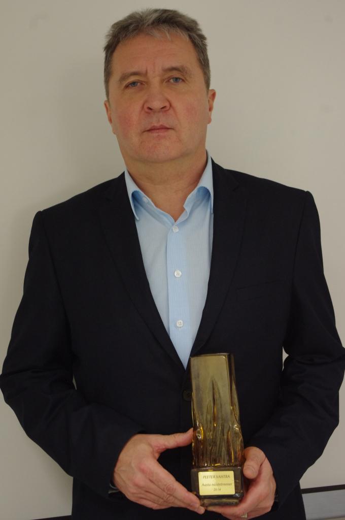 Peeter Aasta naiste treeneri auhinnaga