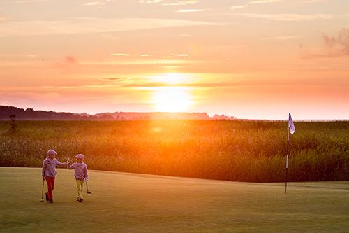 AJAKIRI GOLF! ÄRIKOOL GOLFIMURUL! EBS Alumn Golf toob koolirahva golfi mängima