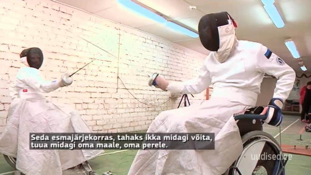 VIDEO! ÄRA MITTE KUNAGI ANNA ALLA! Ratastooli aheldatud inimesed saavad ennast teostada läbi vehklemise