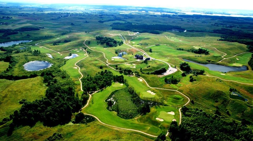 AJAKIRI GOLF! TUTVU NAABRITEGA! Leedukate The Capitals Golf Club on riigi esinduslikum golfiklubi