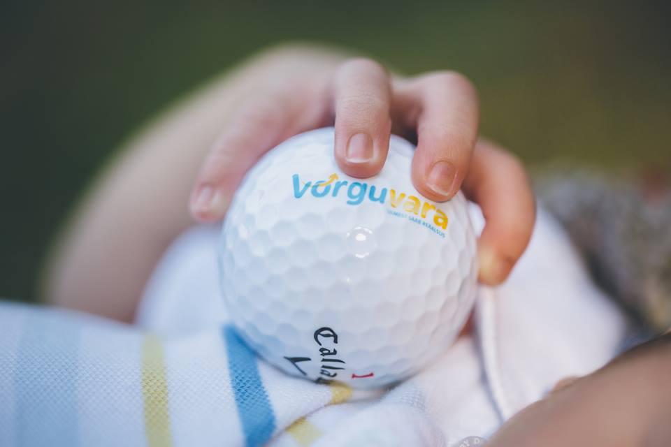 AJAKIRI GOLF! NOORED MAAILMA! Võrguvara aitab golfareid maailmapildile