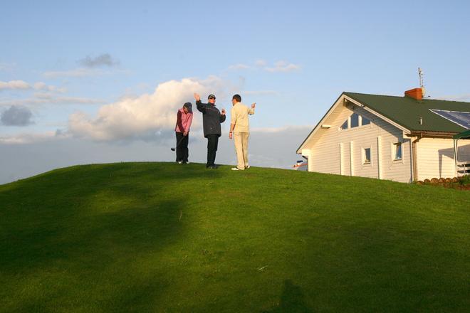 AJAKIRI GOLF! KÜSITLUSTULEMUSED! Saarlased oskavad golfareid meeldivalt üllatada