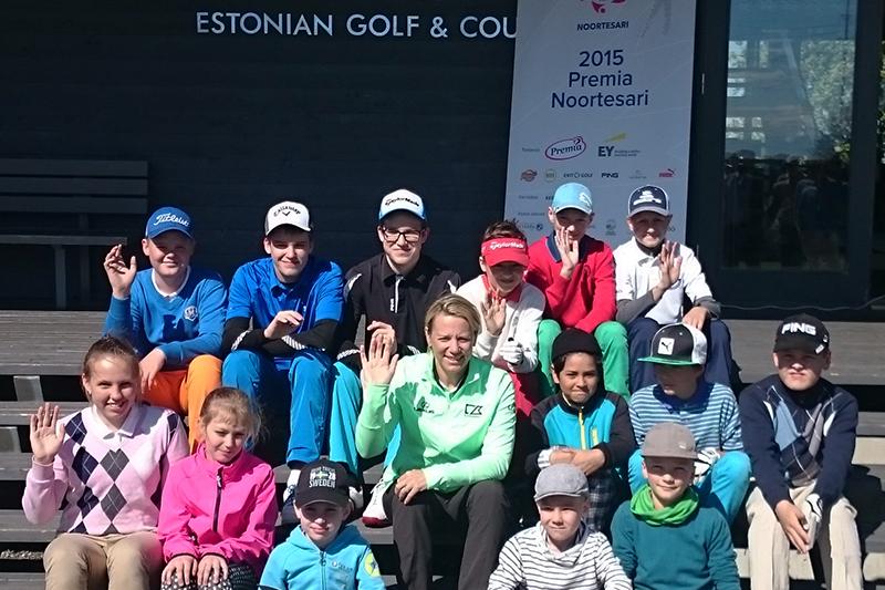 AJAKIRI GOLF! GOLFIKOOL TEATAB! Suviste treeningplaanidega Eesti Golfikool pakub tasuta bussisõitu