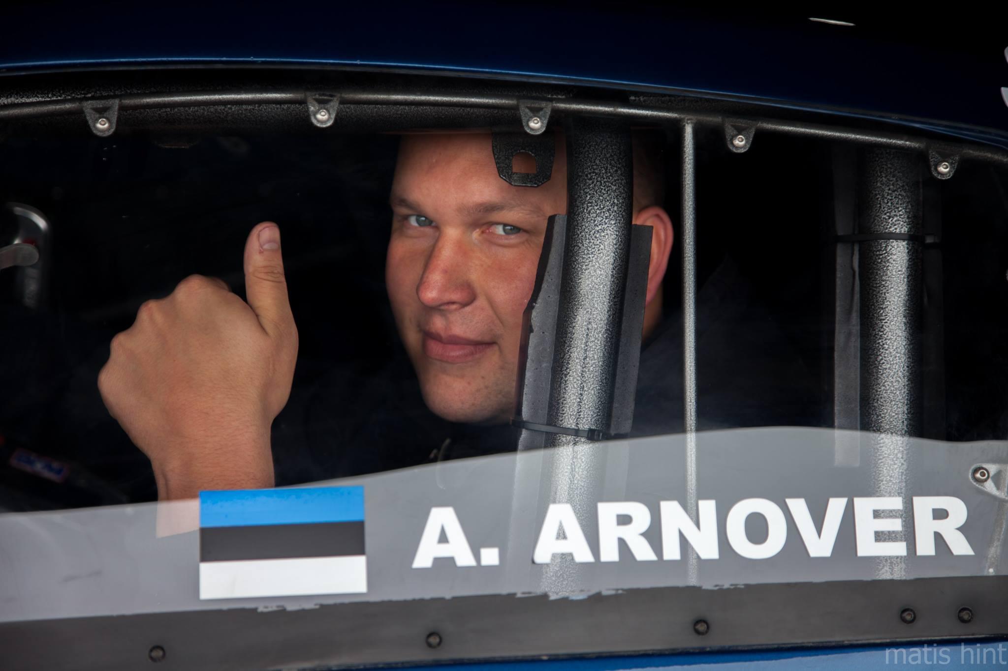 MAAILMA REKORD! Eesti kiirendaja Andres Arnover sõitis maailmarekordi