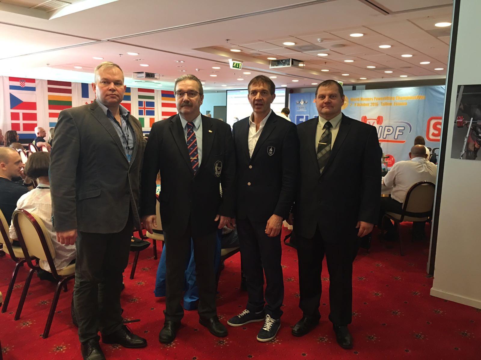 Tallinnas algasid veteranidele jõutõstmise maailmameistrivõistlused