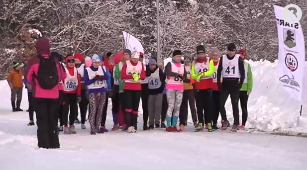 Vaata videot! Ida-Virumaal joosti talvistes oludes esimene Eesti naiste maraton