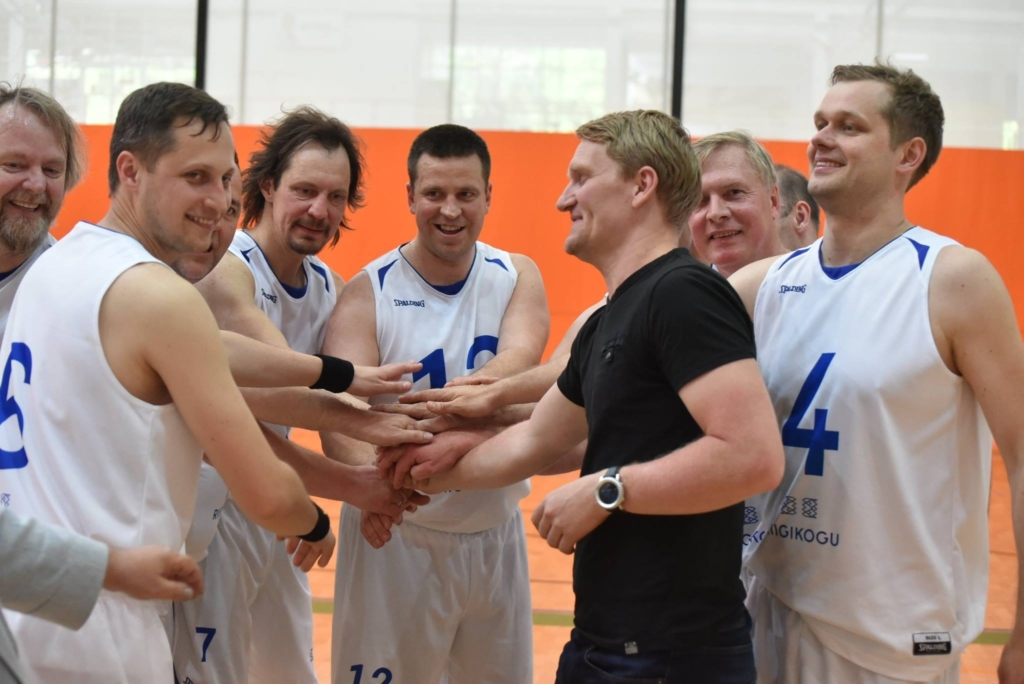 Riigikogu-korvpallimeeskond-2017
