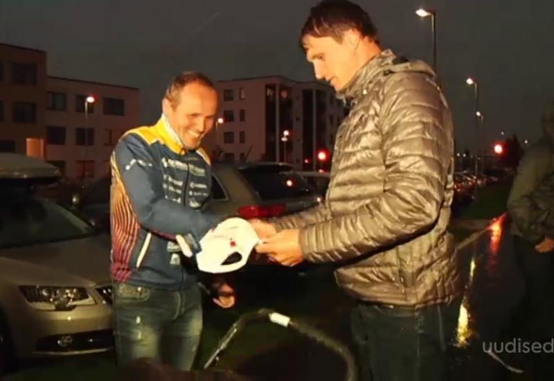 VIDEO! Fännid ja sõbrad korraldasid raudmees Rait Ratasepale toreda üllatusvastuvõtu