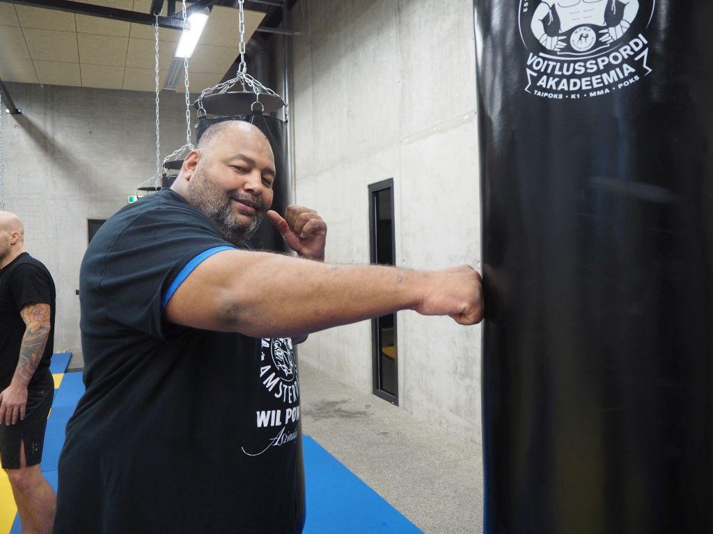 EKSKLUSIIVNE INTERVJUU! Mike`s Gymi peatreener Mike Passenier: poksijal peab ka karismat olema!