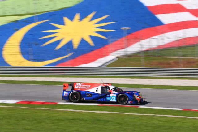 Ta on tagasi! Marko Asmer tõusis sportautode võistlusel Malaisias poodiumile