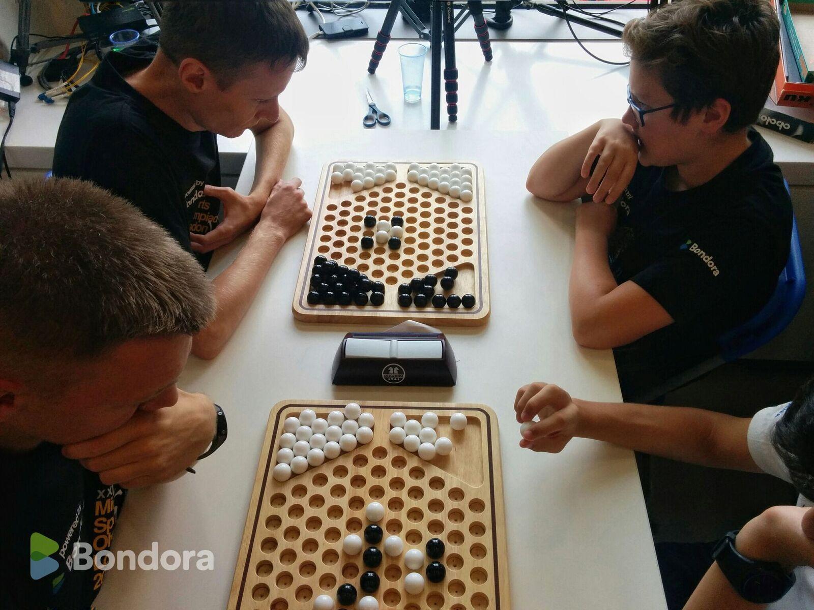 Londoni mõttemängude MM-i hõbeda ja pronksi võitsid Martin Hõbemägi ja Andres Kuusk