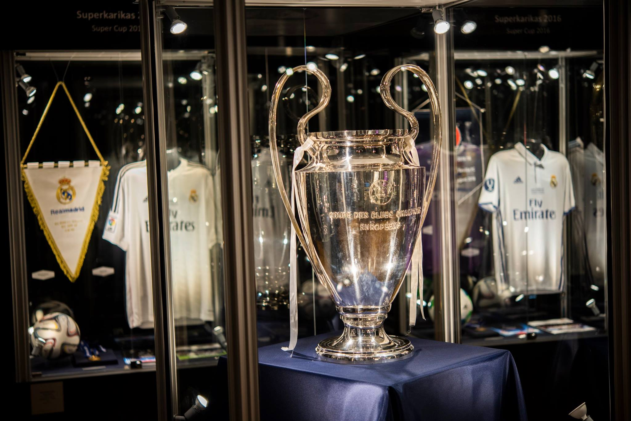 Spordimuuseumis avati eriväljapanek Real Madridi jalgpalliklubi 21. sajandi suurimatest võitudest
