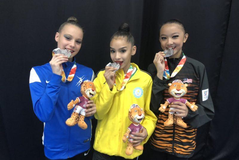 Iluvõimleja Adelina Beljajeva võitis noorte OM-il rahvusvahelises võistkondlikus arvestuses hõbemedali