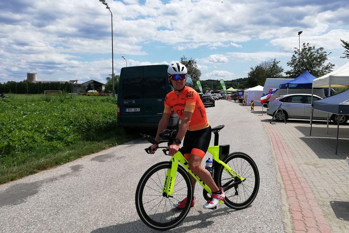 Ratasepp stardib homme Austrias ultratriatlonil