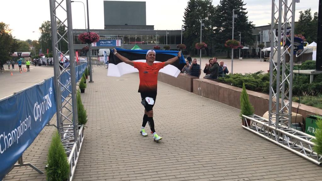PALJU ÕNNE I Ratasepp sai maailmameistrivõistlustelt oma kolmanda hõbemedali