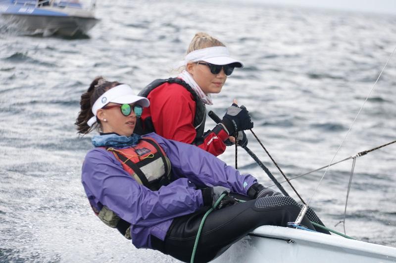 Romi Safin ja Britta Maipuu purjetasid esikohale Eesti meistrivõistluste regatil Hiiumaal