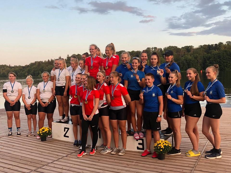 Viljandis algasid noorte sõudmise Eesti meistrivõistlused