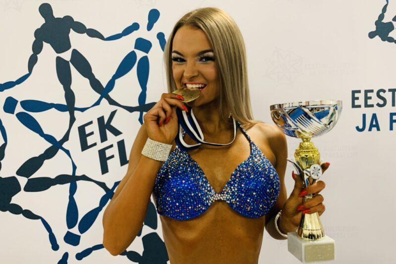 TÄNA TARTUS! PALJU ÕNNE! Christin-Amani Kiivikas võitis Eesti meistrivõistlused juunioride bikiinifitnessis