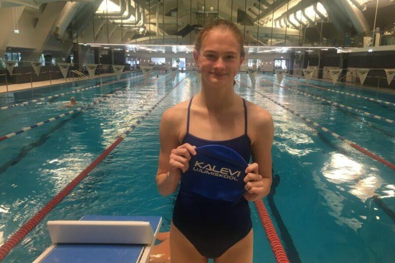 Video! 12-aastane Eneli Jefimova ujus järjekordse Eesti rekordi