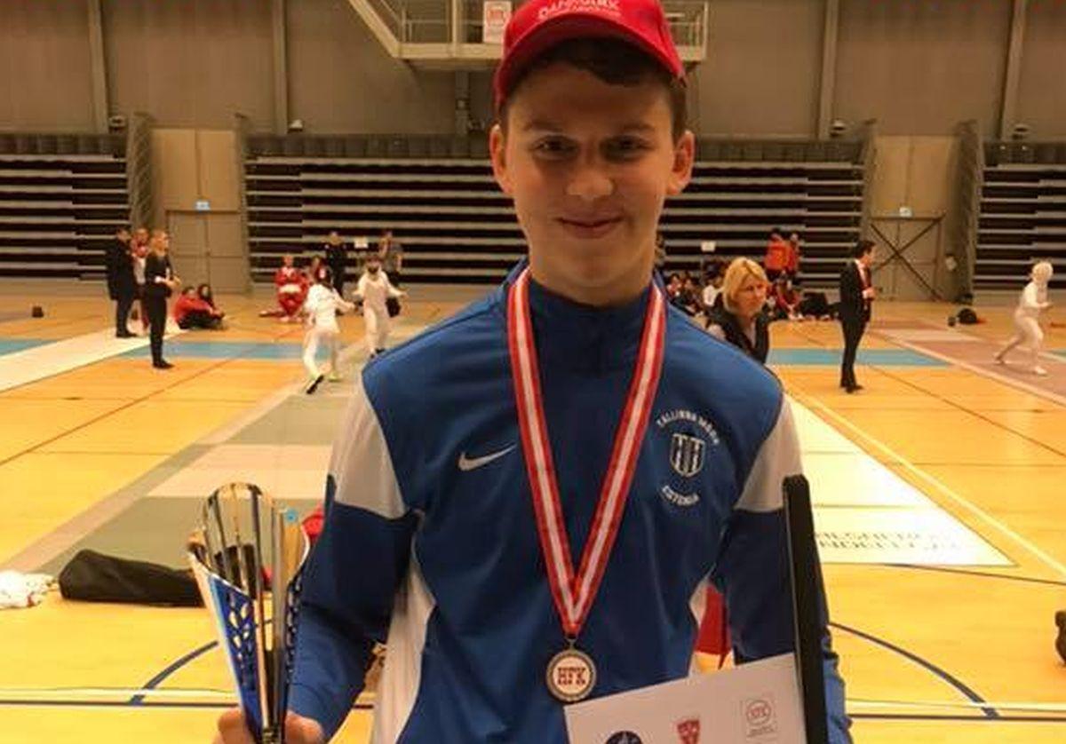Henrik Priimägi võitis vehklemise EK etapi
