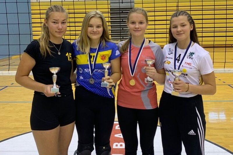 Rakveres selgitati U16 tüdrukute Eesti karikavõitja võrkpallis